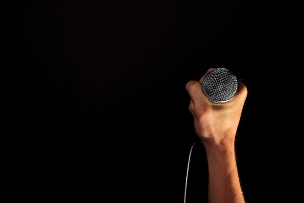 mic-black
